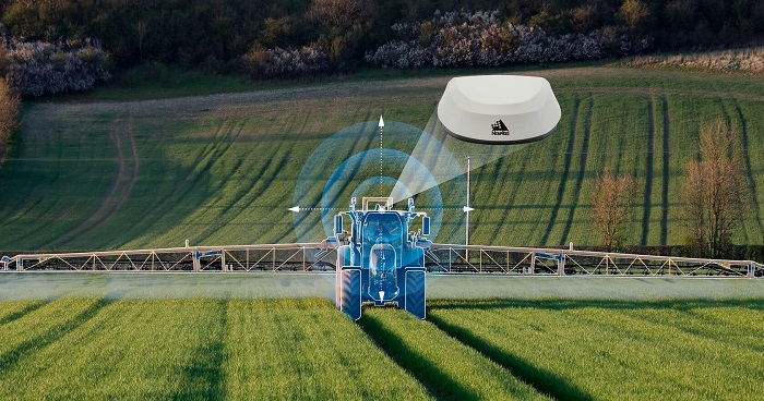 Hexagon NovAtel's GNSS Receiver Becomes the Default Option for Fendt Guidance Systems